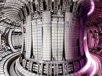 nuclear-fusion-the-pursuit-of-limitless-energy-inspired-by-the-sun