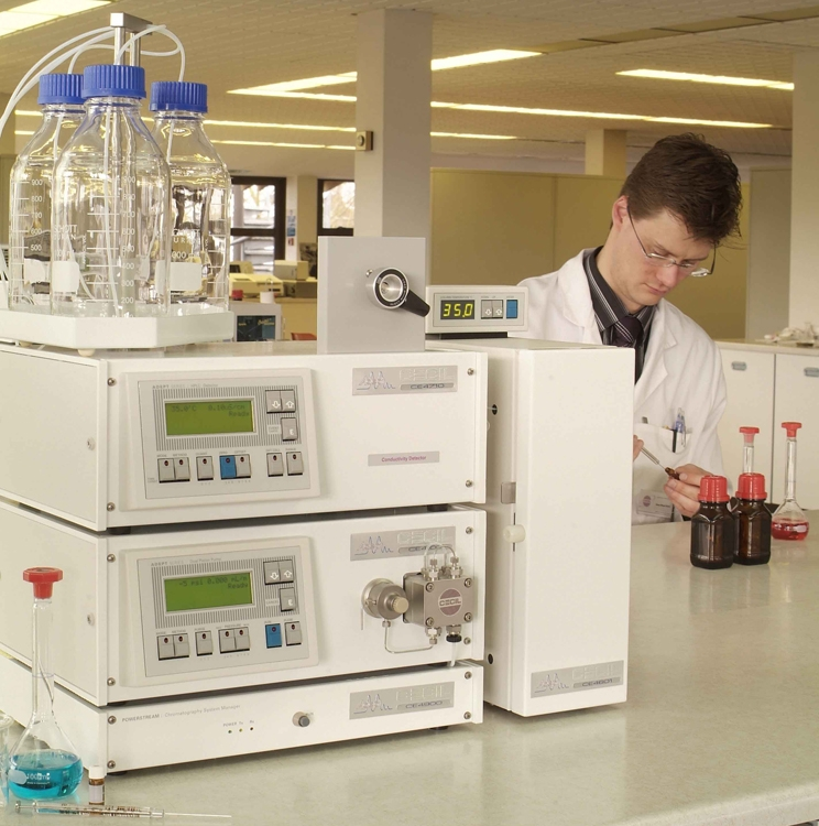 Adept HPLC System 8 by Cecil Instruments Limited thumbnail