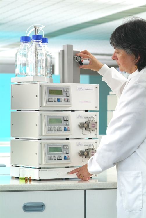 Adept HPLC System 4S by Cecil Instruments Limited thumbnail
