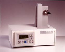 Adept CE 4200 Dual Wavelength Detector by Cecil Instruments Limited thumbnail