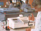 Cecil GeneQuest CE 2302 DNA/RNA Analyser & Printer by Cecil Instruments Limited thumbnail
