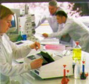 Cecil Super Aurius Scanning Spectrophotometer by Cecil Instruments Limited thumbnail