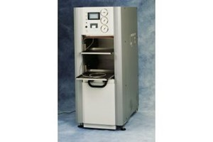 Touchclave-Lab Autoclaves