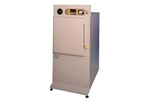 QCS Front Loading Mid-Capacity Autoclaves