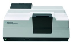 Cary 100 UV-Visible Spectrophotometer by Agilent Technologies product image