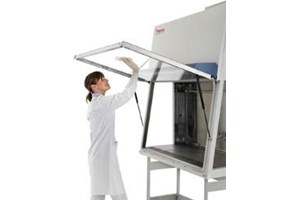 Herasafe* KSP Class II Biological Safety Cabinet