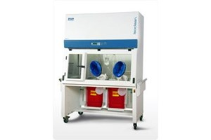 Isoclean® Pharmacy Compounding Aseptic Isolator
