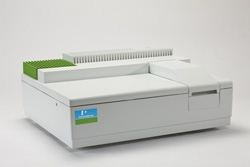 LAMBDA 25, 35, & 45 UV/Vis Spectrophotometers