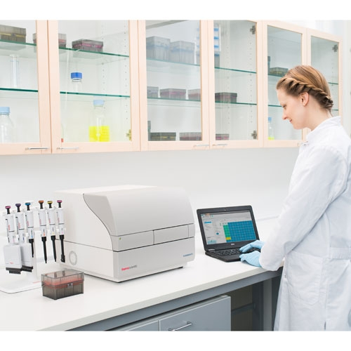 Thermo Scientific™ Fluoroskan™ FL Microplate Fluorometer and Luminometer by Thermo Fisher Scientific thumbnail