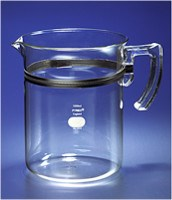 PYREX® 3L Beaker with Handle and Spout by Corning Life Sciences product image